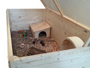 120cm Hedgehog & Guinea Pig Home with Substrate Bedding
